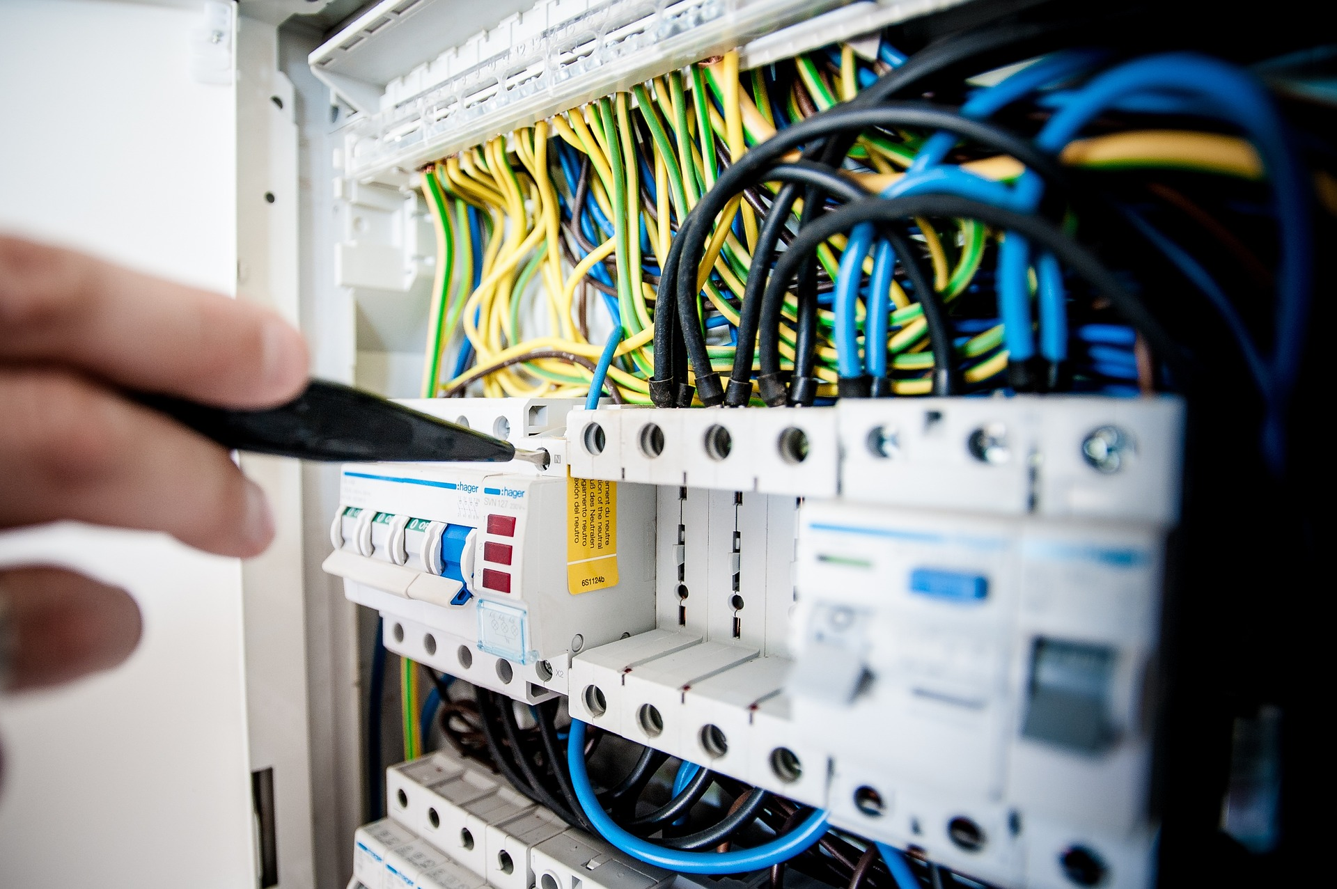 Emergency, Repairs and Maintenance Electrical Work