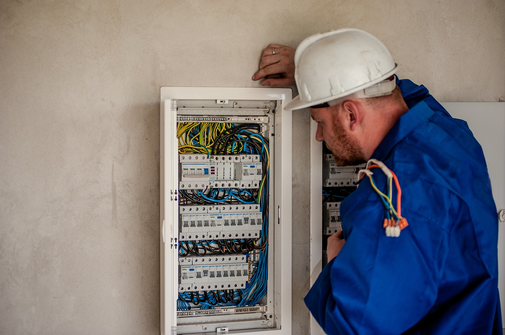 What It Takes To Be An Electrician